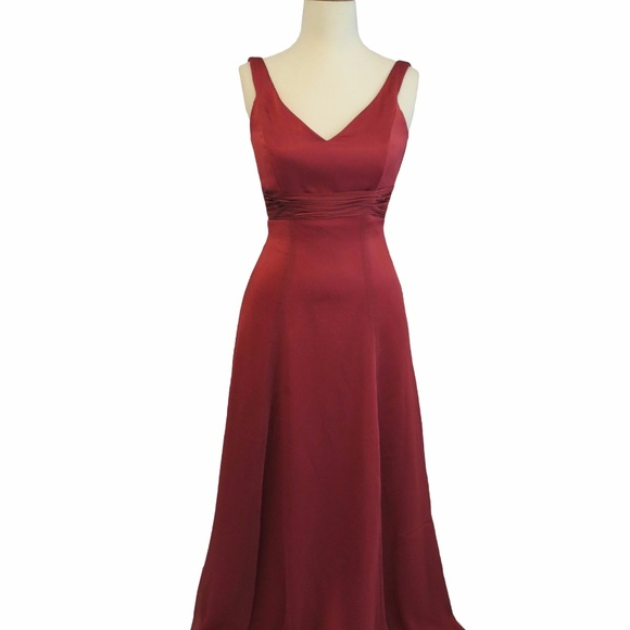 Belsoie Dresses & Skirts - Belsoie Burgandy Long Dress, Size: 10